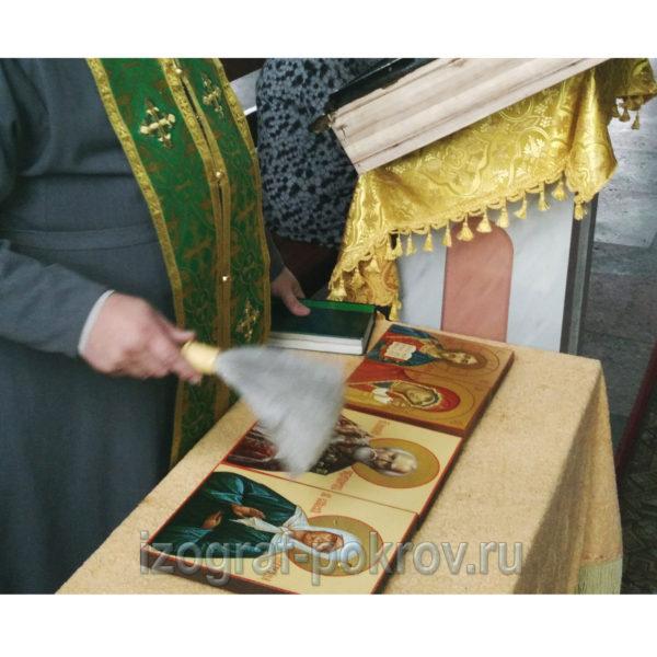 Освящение иконы Николай Чудотворец и Матрона Московская в храме