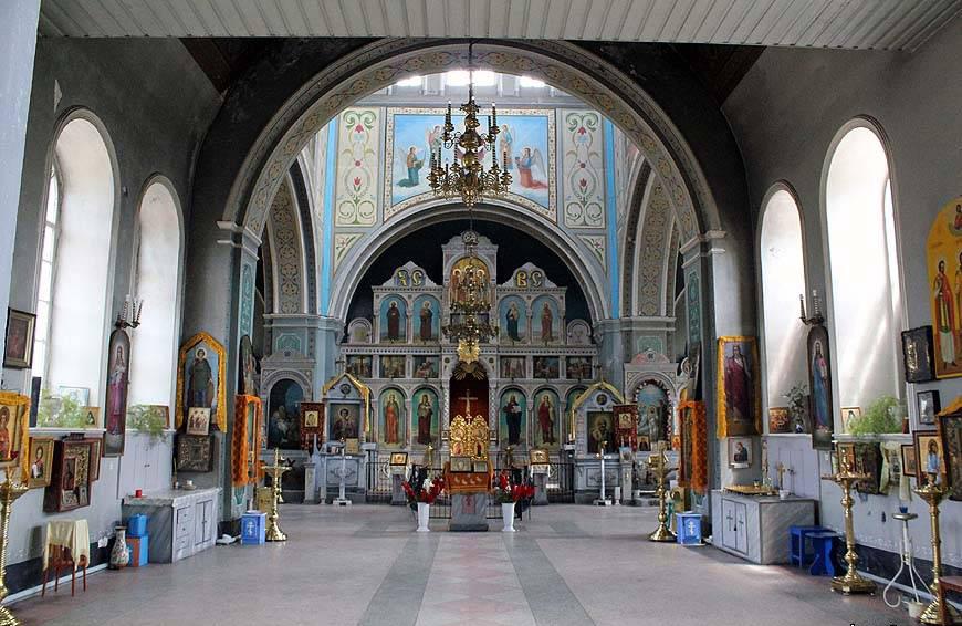 Вид внутри храма Покрова Пресвятой Богородицы г. Константиновск