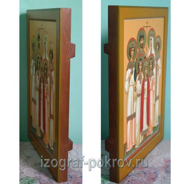 Икона царская семья вид на икону сбоку