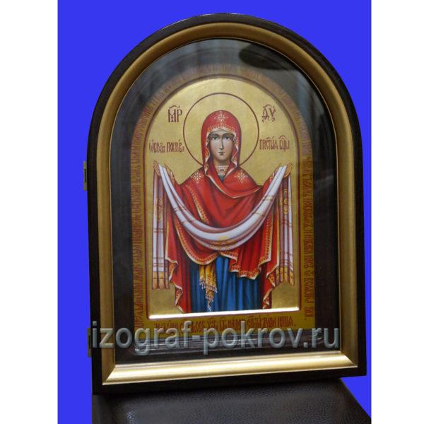 Икона Покрова Пресвятой Богородицы на золоте в киоте, написанная под заказ в иконописной мастерской Покров при храме Покрова Пресвятой Богородицы