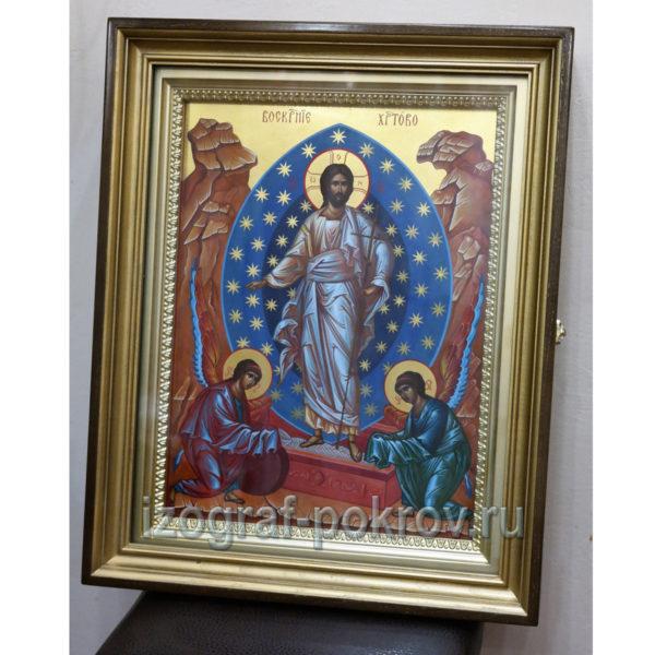 Икона Воскресение Христово в киоте